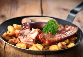 Обои еда, картошка, мясо, сковородка