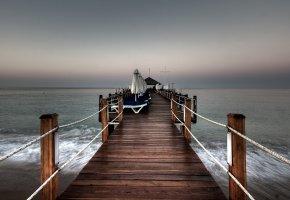 Обои море, пристань, кафе, берег, волны