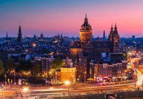 Обои Амстердам, Нидерланды, город, вечер, закат, дома, здания, крыши, дороги, ма ...