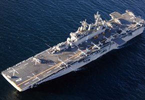 Обои корабль, ship, палуба, вертолеты, авианосец, полоса