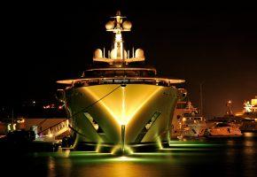 Обои яхта, порт, корма, пристань, огни