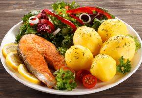 Обои блюдо, Рыба, Картофель, Лимон, Лайм, Овощи, Тарелка