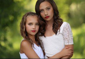 Обои девочки, дети, сёстры, портрет, макияж