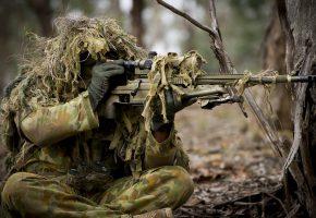 Обои солдат, оружие, армия, прицел, маскировка, винтовка