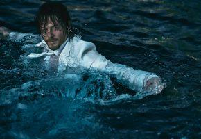 Обои Норман Ридус, Norman Reedus, фотосессия, костюм, вода, брызги