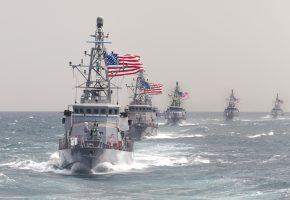 Обои корабли, оружие, волны, пушки, армия, флаги