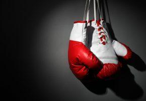 Обои бокс, перчатки, шнурок, фон