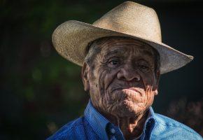 Обои старик, взгляд, портрет, шляпа, морщины