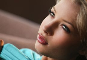 Обои девушка, girl, woman, личико, губки, глаза, милая, красивая
