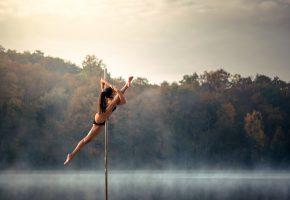 Обои акробатика, танец, шест, пластика, шпагат
