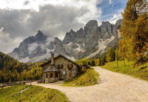 Обои landscape, nature, горы, домик, дорога, небо, зелень