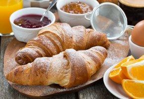 Обои круассаны, выпечка, завтрак, джем, апельсин, яйцо