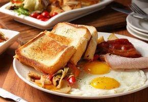 Обои хлеб, тосты, яйца, яичница, мясо, овощи