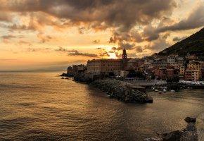 Обои Италия, Дома, Причал, Море, закат, Облака, San Francesco, Genoa Liguria