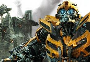Обои Трансформеры, робот, война, разруха, Бамблби