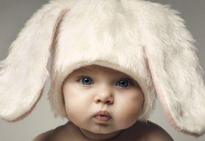 Обои Baby, Child, ребенок, шапка, ушки, зайчик