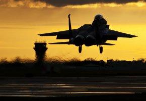 Обои F-15C, взлет, вечер, небо, истребитель, закат