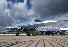 Обои Су-34, Бомбардировщик, ВВС, Сухой, аэродром