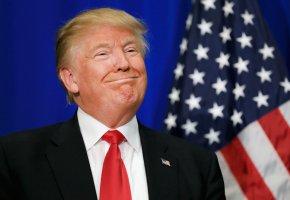 Обои Трамп, президент, сша, улыбка, флаг, галстук