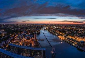 Обои Берлин, Германия, река, Шпрее, город, панорама, ночь, дома, здания, телебашня, дорога, огни, архитектура, небо, мосты, сумерки