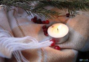 Обои Свечка, огонь, ветка, ель, oboitut, рябина, ткань