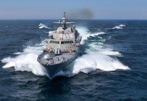 Обои брызги, корабль, боевой, волны, фрегат