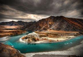 Обои осень, река, горы, деревья, тучи
