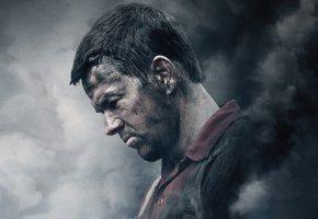 Обои Mark Wahlberg, чумазый, Марк Уолберг, дым, фон, Deepwater Horizon, Глубоководный горизонт, драма, триллер