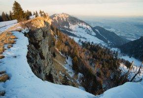 Обои зима, горы, утро, снег, обрыв, деревья