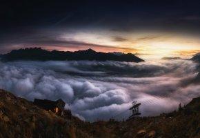 Обои пейзаж, горы, облака, дом, вечер, склон