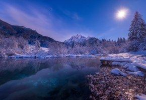 Обои ночь, зима, горы, снег, свет, озеро, луна