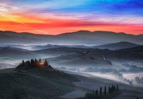 Обои туман, дымка, Италия, вечер, утро, поля, горизонт