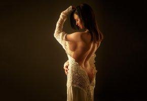 Обои девушка, модель, брюнетка, спина, фигура, платье