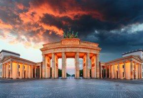 Обои Берлин, памятник, небо, вечер, Бранденбургские ворота, огни, Brandenburg Gate, площадь, архитектура, Германия, тучи