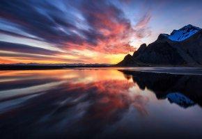 Обои отражения, облака, горы, вода, небо