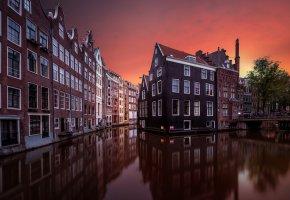 Обои Нидерланды, небо, канал, вечер, вода, Амстердам, дома, окна, отражения