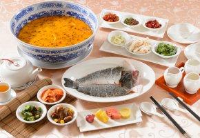 Обои овощи, ассорти, суп, рыба, стол, приборы