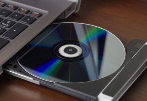 Обои compact disc, reader, notebook, ноутбук, диск