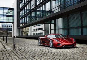 Обои Regera, city, суперкар, Koenigsegg, red, гиперкар
