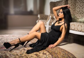 Обои brunette, dress, high, heels, tanned, legs, beautifull, look, eye, perfect, pretty