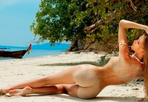 Обои tanned, sand, asss, legs, beautifull, colsed, eye, perfect, look