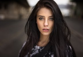 Обои brunette, green, eye, perfect, beautifull, pretty, smile, lips, black, hair, look
